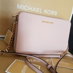 New current collection crossbody Authentic MICHAEL